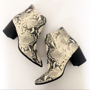 Steve Madden Jain Snakeskin Boots